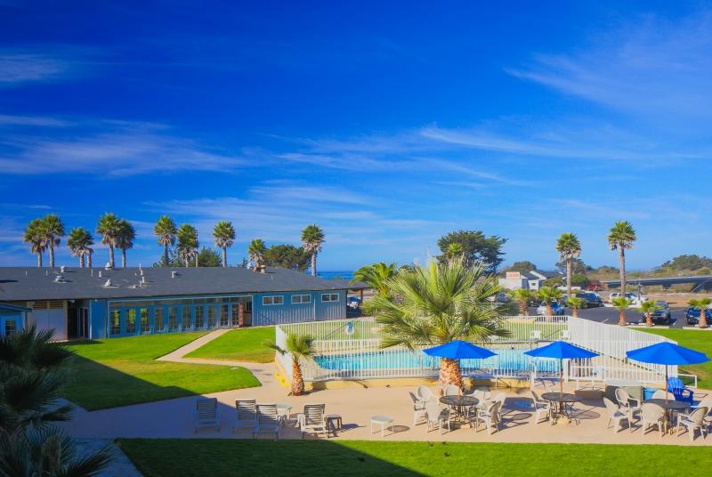 Home Restaurant Bar Amenities Rooms San Simeon Beach